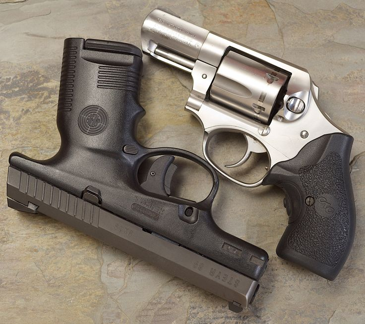 5 Advantages of the Revolver CATEGORIES:  Concealed Carry News, Handguns  By: Grant Cunningham | September 10, 2013