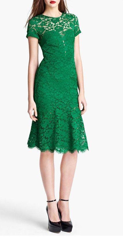 emerald lace dress / burberry