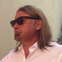 Lorenzo Piani intervista a radio reggio by Lorenzo Piani on SoundCloud