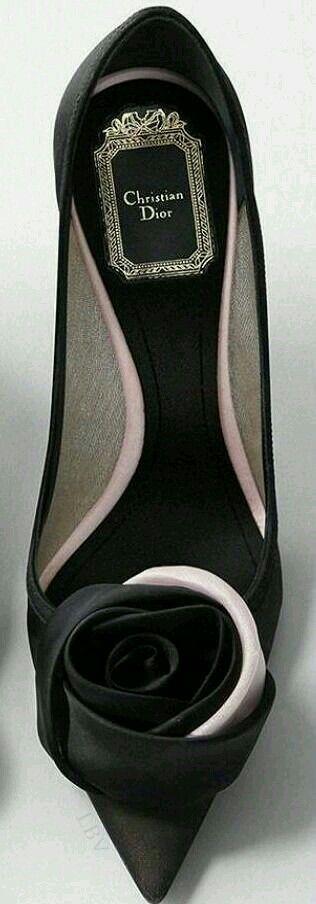 Dior black rose pumps