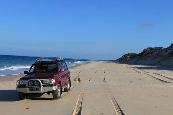 Love 4X4ing? Take a 4X4 onto the beautiful white, sandy beaches of Mozambique!