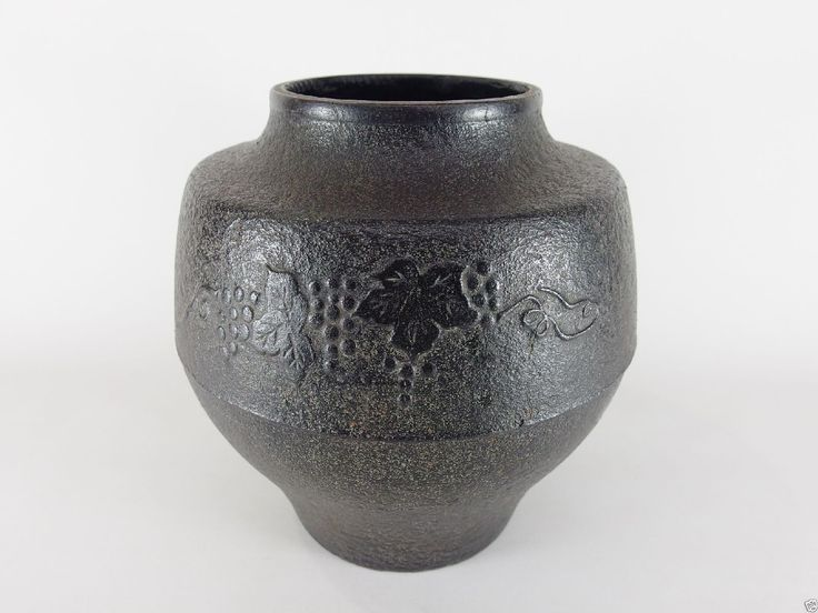Up for sale is an old Japanese Nambu cast iron flower vase called Kabin, decorated with grapes and vines, mainly used for a Chanoyu tea ceremony. Material : iron. Age : mid - late 20th century. SAL stands for Surface Air Lifted, which takes a month or two. | eBay!