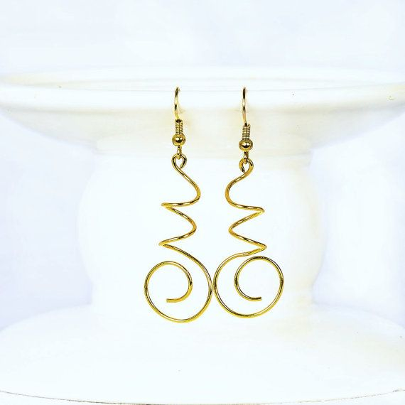 Wire Earrings Nugold Earring Dangle Wire Swirl by CraftedLocally