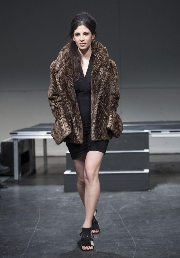 Recycled Fur Coat Designer: Dominique Ouzilleau  Model: Camille Dubois-Chalifoux Évènement: Fashion Preview 5th edition