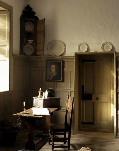 /\ /\ . Restoration House, Elizabethan-17thC, England
