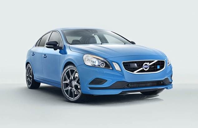 2017 Volvo V60 R Design Review - http://bestcarsof2018.com/2017-volvo-v60-r-design-review/