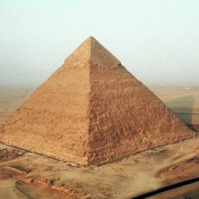 Create a sand pyramid for your school project.