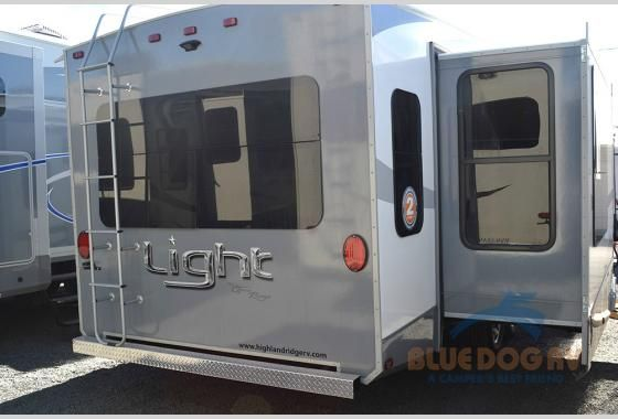 New 2017 Highland Ridge RV Open Range Light LF318RLS Fifth Wheel at Blue Dog RV | Redmond, OR | #401824