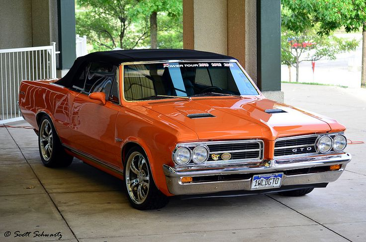 Pontiac GTO convertible-hot or not ?