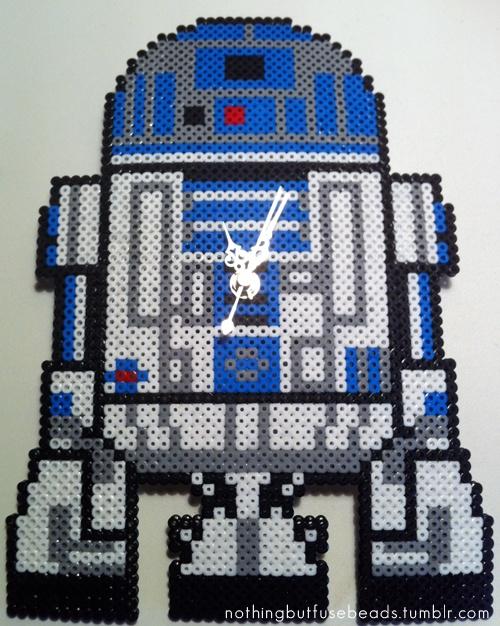 R2-D2 Clock perler bead design