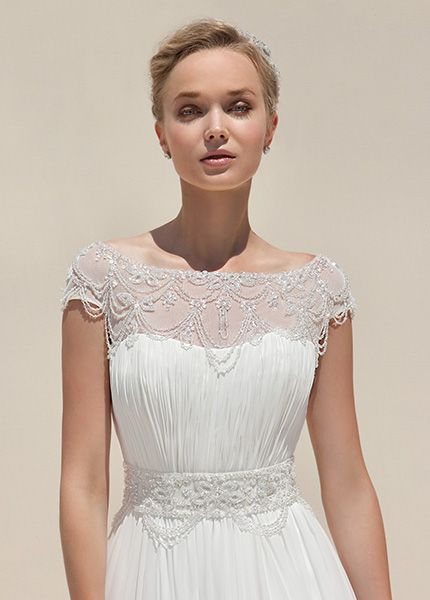 Mark Lesley Wedding Gown In Leeds Area At Limelight Occasions