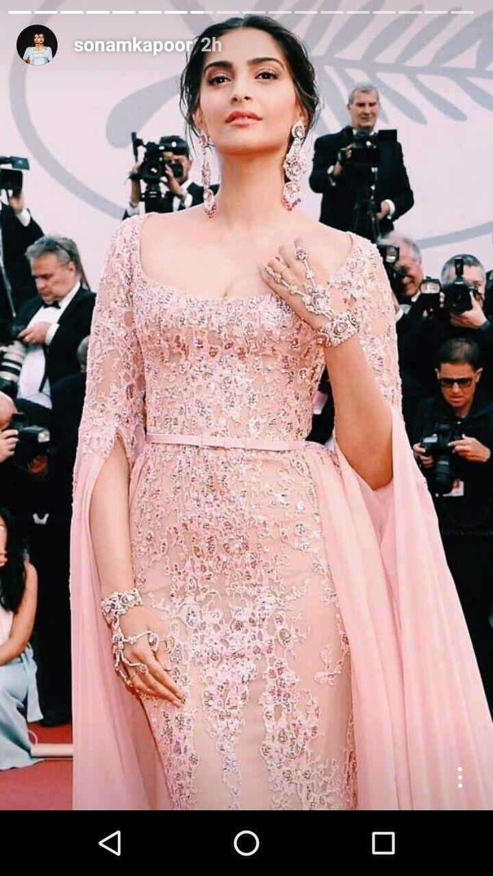 Encantador Vestido De La Unión Kareena Kapoor Ilustración ...