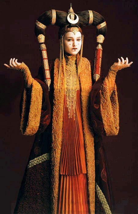 An outfit worn by Natalie Portman as Padme Amidala, in disguise as a handmaiden while on the planet Tatooine in Star Wars, Episode I: The Phantom Menace. Description from pinterest.com. I searched for this on bing.com/images