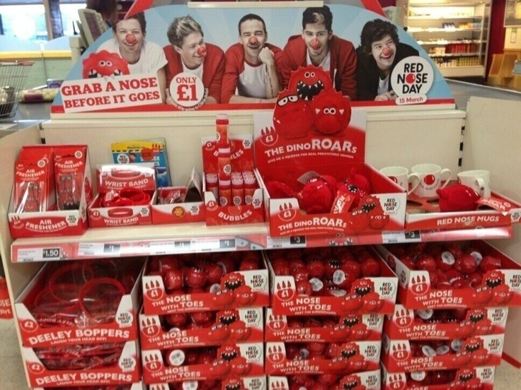 OMG!!! Wish I lived in the UK or where ever they have the cool 1D stuff