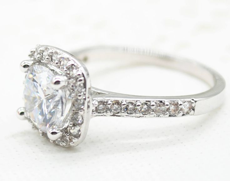The latest addition to my #etsy shop: White gold Plated Zircon Inlayed Crystal Engagement Ring http://etsy.me/2Ceyx6o #jewelry #ring #colorless #silver #engagementring #cubiczirconiaring #micropavering #weddingringsize6 #weddingringsize7