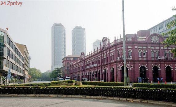 Srí Lanku zaplavily čínské investice. Stáváme se kolonií, protestují místní