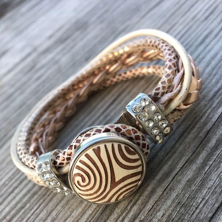 Snapbutton bracelet #diy #diyjewelry #diybracelet #handmade #handmadejewelry #kidsjewelry #kindersieraden #chunkpalace #fashion #creatief #creative #creatieveworkshops #workshop #workshops #fashion #ibizastyle #ibizajewelry #boho #bohostyle #bohojewelry #bohemian #bohemianstyle #bohemianjewelry