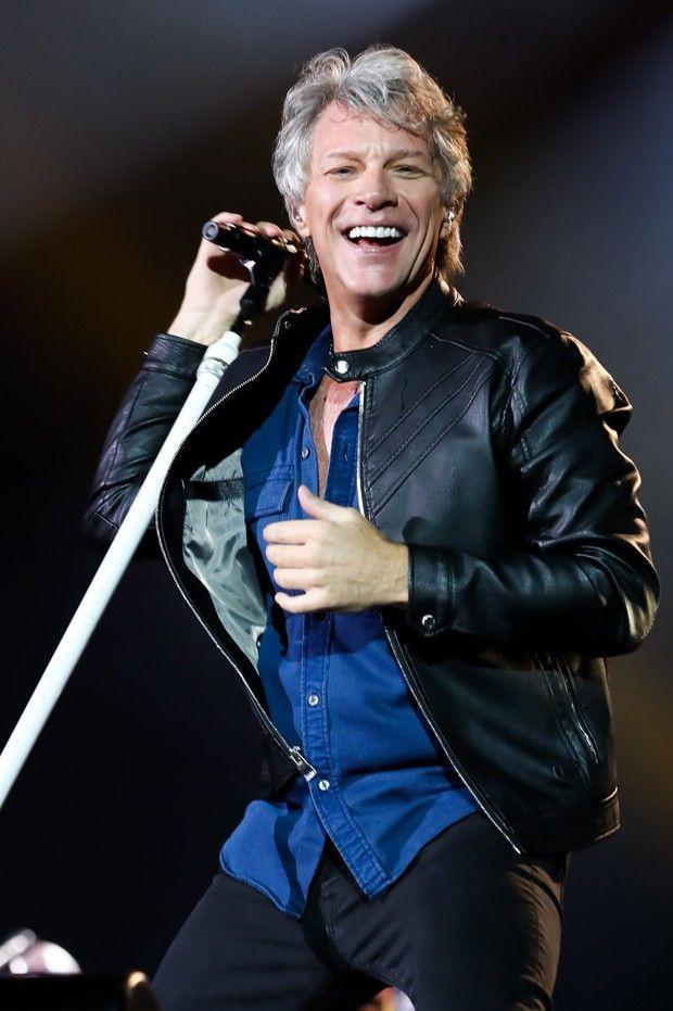 Bon Jovi se apresentou em São Paulo, no Allianz Parque, e deu um show de vitalidade no palco