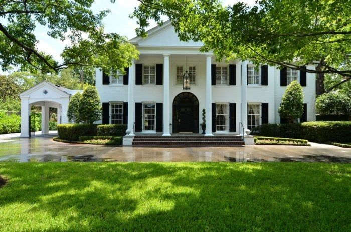Landscape And Lawn Designs For Historical Homes Greek Revival Home House Exterior Colonial House