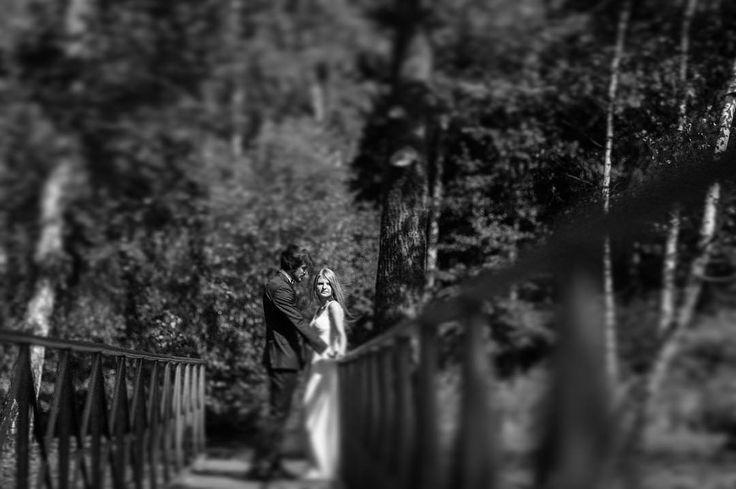 Zapowiada się słoneczna środa ładujemy więc akumulatory  na zdjęciu przesympatyczna para Paulina & Łukasz  . #slub #ślub #bridestyle #prepering #wedding #weddingideas #bride #fineartwedding #luxury #fineartphotographer #bridestyle #instagood #instabeauty #instalike #instawedding #instacool #pictureoftheday #slubnaglowie #weddinginspiration #weddinginitaly #fotografslubnywarszawa #jamstudiopl