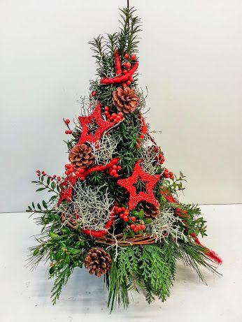 Manches mal haben es die Kleinen voll in sich #Minichristbaum #Tischdeko #Weihnachtsbaum #Floristik EBK-Blumenmönche Blumenhaus – Google+