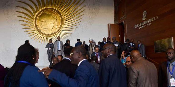"""Longtemps sous perfusion lUnion africaine est en quête dautonomie financière - Au siège de lUnion africaine lors du 30e sommet des chefs dEtat à Addis-Abeba le 27 janvier 2018. Quelque chose semble avoir changé dans latmosphère parfois léthargique de lUnion africaine (UA). - http://ift.tt/2nQyW8e - \""""lemonde a la une\"""" ifttt le monde.fr - actualités  - February 07 2018 at 06:45AM"""