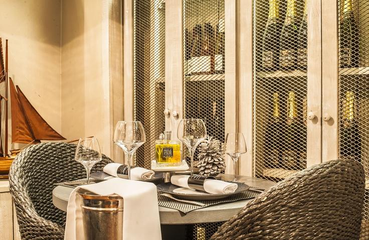 La cave à vin du Bar à Huitres Ternes !