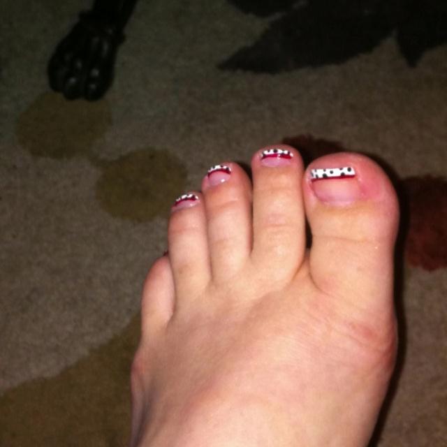 101 Dalmatians Toes Lol Don T Laugh At My Fat Feet Lol