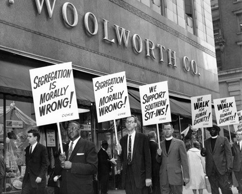 racial discrimination in america during the 1950s During this decade the country was hit by a series of riots, mostly in big cities blacks protested against bad schools, poor housing, high prices and unequal treatment by the police in the 1968 olympic games two american medal winners held their closed fist in the air and in protest, turned away from the american flag during the ceremony.