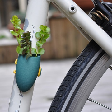 Good In My Fantasy World, This Tiny Little Planter Would Go On My Fab Electra  Bike