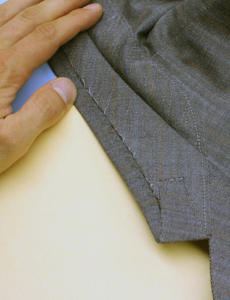Machine stitched pad stitching on Under collar