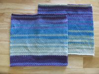 Neulottu tiskirätti, bambu, puuvilla, helmineule, neuleita, neuloa, neulominen, knitted discloth, bamboo, cotton, moss stitch, seed stitch, multicolored, customized, knitwear, knit, knitting