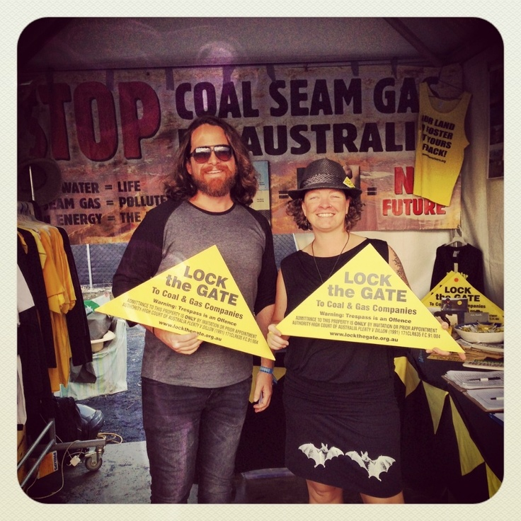 Rightz: The People That You Meet (a Bluesfest follow up)  Looking at the issues surrounding Coal Seam Gas - and what we can do about it...
