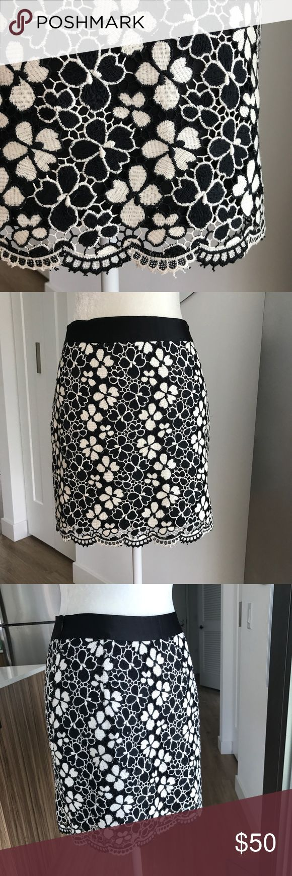 Milly Embroidered Floral Lace Mini Skirt 4 Gorgeous black and white Floral Embroidered Lace mini from Milly! So gorgeous and detailed. Size 4. Excellent pre-owned condition- no flaws. Offers welcome, no trades. Milly Skirts Mini