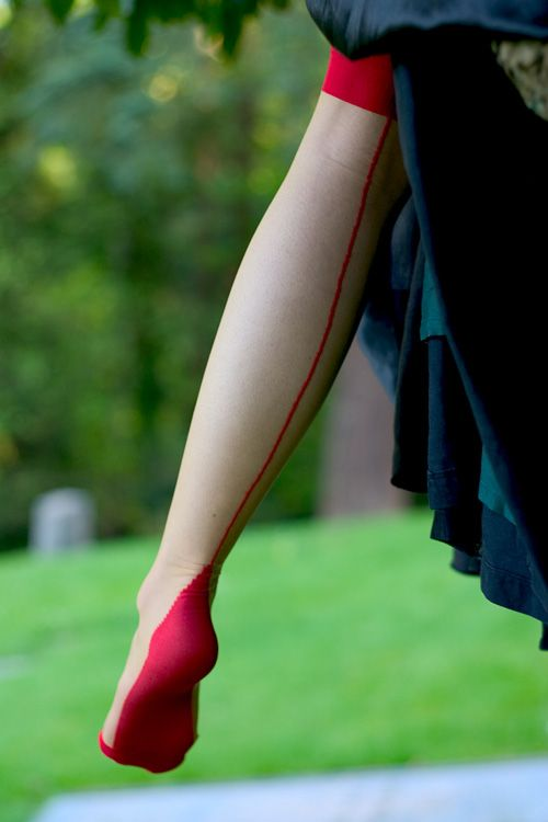 Two Tone Red Cuban Heeled Stockings  $9