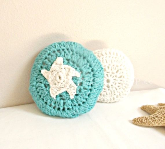 Crochet slippers simple house slippers valentines gifts for Minimalist house slippers