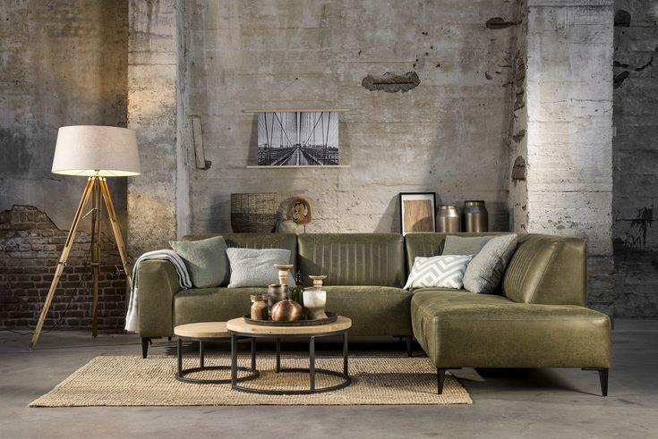 Prachtige zitbanken in leder en stof te bewonden in onze showrooms of online te koop!