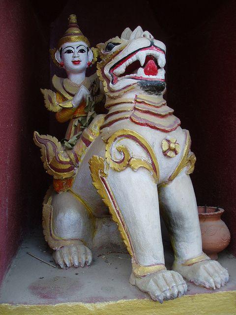 Chinthe Lion, Manuha Temple by Aidan McRae Thomson, via Flickr