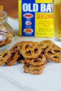Cajun Pretzels ~ addictively delicious!   www.thekitchenismyplayground.com