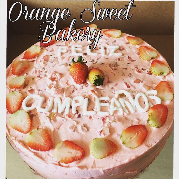 Whiped strawberry cream cake