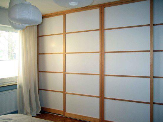 Simple Schiebet ren Raumteiler von LIGNUM M belmanufaktur