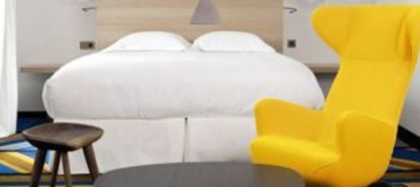 les cl d 39 une d co graphique et color e par l 39 architecte d 39 int rieur fran ois champsaur. Black Bedroom Furniture Sets. Home Design Ideas