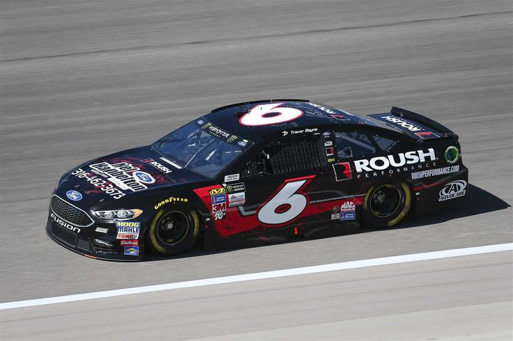 Starting lineup for Go Bowling 400  Saturday, May 13, 2017  Trevor Bayne will start 16th in the No. 6 Roush Fenway Racing Ford.  Crew chief: Matt Puccia  Spotter: Roman Pemberton  Photo Credit: Barry Cantrell NKP  Photo: 16 / 40
