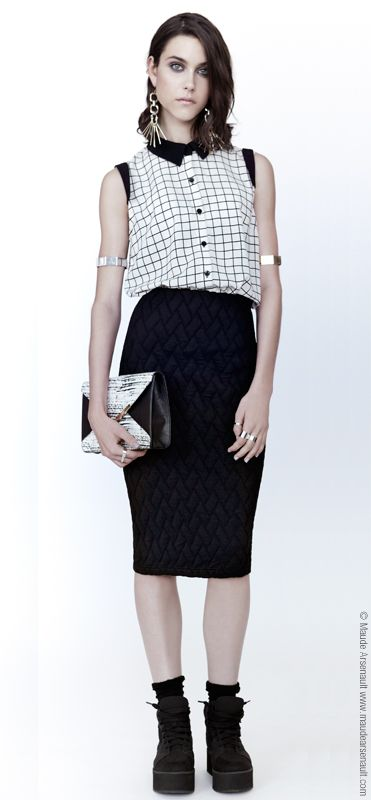 La blouse Haze est le nouveau style ajouté au www.evegravel.com/boutique/ Disponible en plusieurs couleurs // The blouse Haze is the new item added to www.evegravel.com/boutique/ Available in several colors