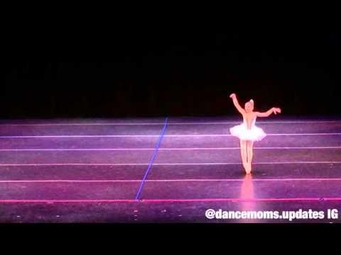 "Sarah Hunt pointe solo ""Violente"" @ ALDC Showcase - YouTube Shes amazing"