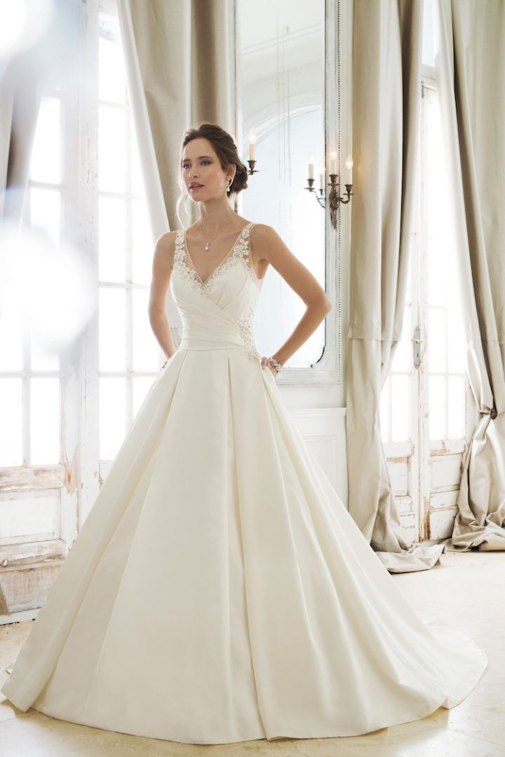 Trend: Chic Wedding Dress Collectibles with Mon Cheri Bridals