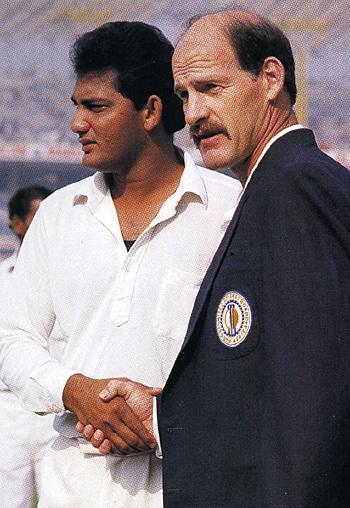 Welcome back, South Africa. After 21 years of isolation - on account of the abominable policy of apartheid practiced by their government - South Africa played their first international game on this day (November 10) in 1991, four months after being readmitted into international cricket. Shown here, Mohammad Azharuddin and Clive Rice shaking hands ahead of the toss. Click on the pic to see how it ended on that historic night in Calcutta.