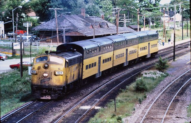 Cnw F Unit Commuter At West Chicago 1976 By Mark Llanuza Via Flickr Chicago North Western Commuter Railroad Photography West Chicago Commuter Train