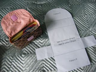 Quilt, Knit, Run, Sew: More small projects - cute little box shaped pouch - post links to the tutorial