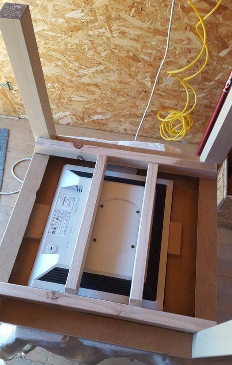Un Raspberry Pi, quelques outils, une table basse, un écran PC de récupération et quelques heures de travail sont nécessaires à la réalisation de ce projet